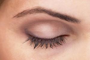 Augenbrauen richtig zupfen, die besten Tipps und Tricks beim Dermalisse Blog
